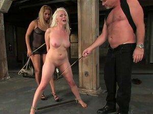 Mark Davis & Lorelei Lee i isis ljubav uživo će pokazati opet-SexAndSubmission. Seks i podnošenje nedavno su napravili live show gdje sudionici mogu gledati i komunicirati od kuće u stvarnom vremenu. Lorelei Lee bila je naša hrabra submisija koju su domin